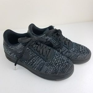 NIKE Air Force 1 Fly Knit Low Top Oreo Sneakers